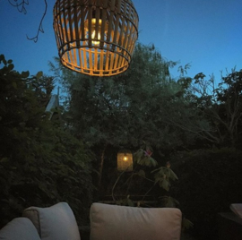 Hanenmand lamp bamboe gevlochten Medium Manggis