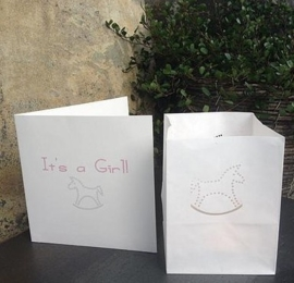 Wenskaart met lichtzakje - It's a girl - Tindra