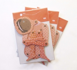 MOW Objetos Paper doll Tita