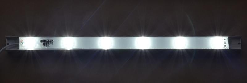 52cm CREE LED balk 8000K 13,2 watt watervast, kleurechtheid minimaal 80 CRI