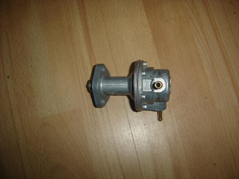 Benzinepomp M10 motor (Nieuw)