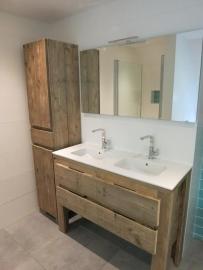 Steigerhouten badkamermeubels op maat gemaakt