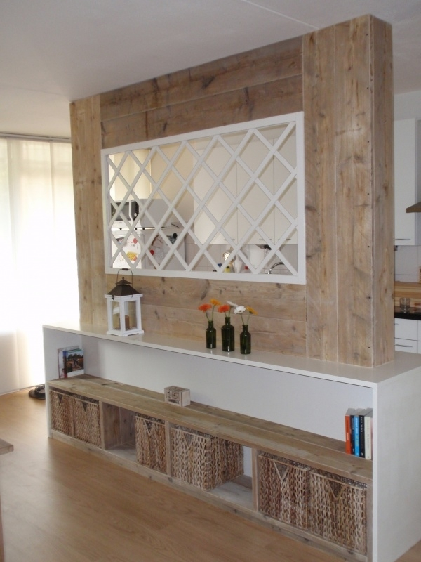 Steigerhouten kamer/keuken afscheiding