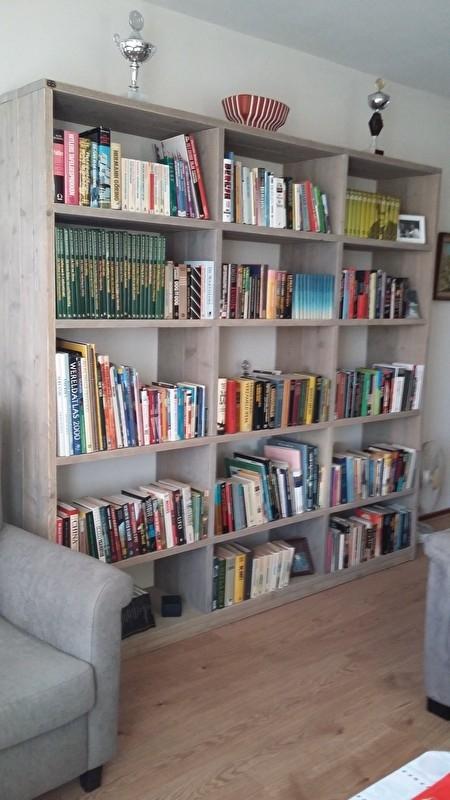 Boekenkasten In Verschillende Houtsoorten Houten Kast Bb Meubelen
