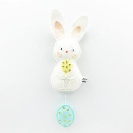 paashanger konijntje met mint eitje