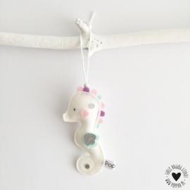decoratie hanger zeepaardje wit