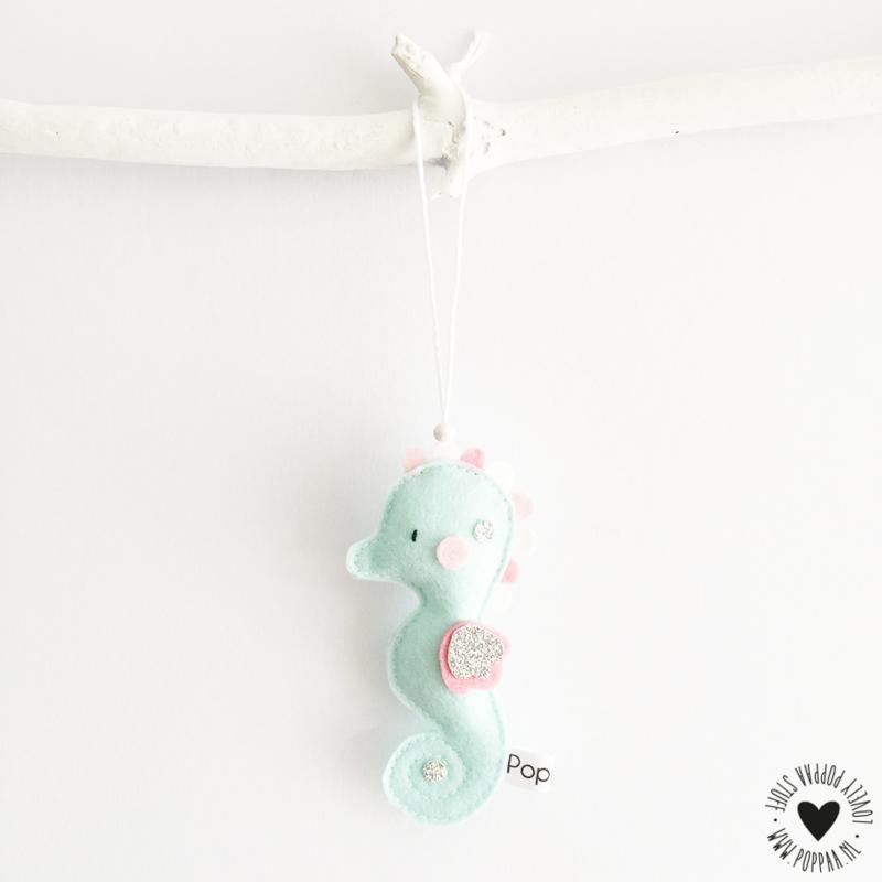 decoratie hanger zeepaardje mintgroen