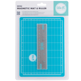 We R Memory Keepers crafters mini magnetic mat & ruler (7x5 inches)