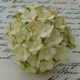 Sweetheart Blossom Flowers - Soft Yellow
