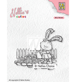 Nellie`s Choice - NCCS001 - Lena gardening