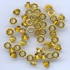 Eyelet Flower 6mm - goud