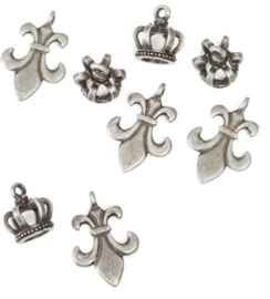 Signed Sealed Remembered charm fleur crown x8 ant. silver