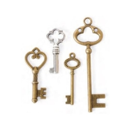 Steampunk Keys: Large Charms and Pendants in Antique Gold & Silver