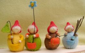 Vier bollen buikjes, atelier Pippilotta