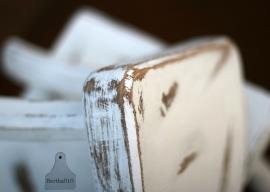 Brocante tafeltje (130389)....verkocht