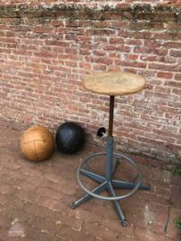 Atelierstoel in hoogte verstelbaar (143214) verkocht