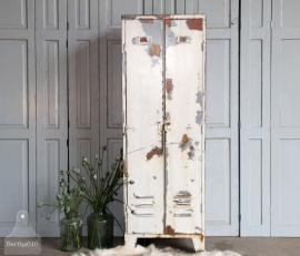 Oude geleefde locker (131173)..verkocht