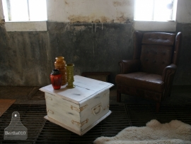 Oude kist (130483) Verkocht