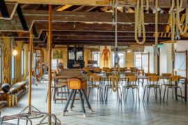 Bedrijfs- en trainingsruimte van 240 m2