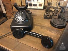 Oude telefoon jaren 50 (138532)