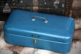Oude broodtrommel blauw (131700) verkocht