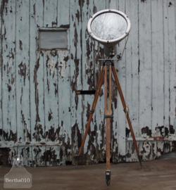 Oude statieflamp (137130) verkocht