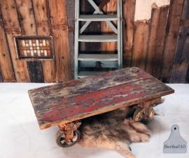 Industriële havenkar, salontafel (130853)..verkocht