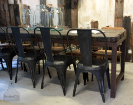 IJzeren industriële stoel (132571)