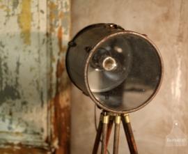 Industriële lamp op statief (130875)..verkocht