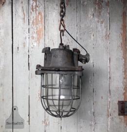 Oude Bully lamp (131252, 131253)..verkocht
