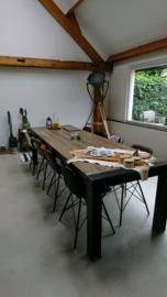 Tafel op maat met blad van oude boerderijbalken (133282)