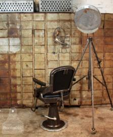 Oude originele kappersstoel  (134984)