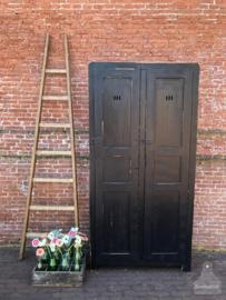 Hoge, oude houten ladders (138269) verkocht