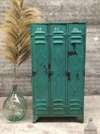 Fabriekslocker 3-deurs (144314) verkocht