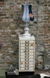 Lamp van spijkerstof (101145)..verkocht