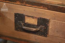 Industrieel dressoir/toonbank op maat (133620)