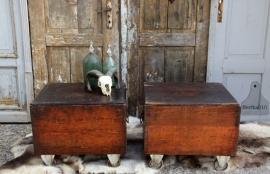 2 antieke verzendkisten (131354)..verkocht