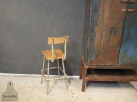 Hoge schoolkruk (134941)..verkocht