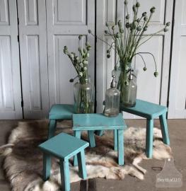 Diverse geleefde turquoise krukjes (131174, 131175, 131176, 131177)..verkocht