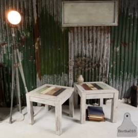 Sloophouten tafel (130736, 130737).. verkocht