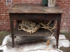 Oude tafel, werkbank (131503) verkocht