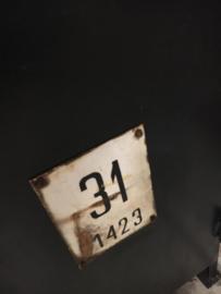 Oude ijzeren kast met lades (135286)..verkocht