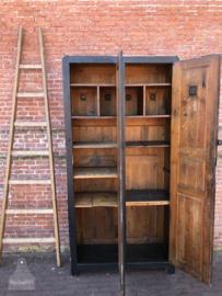 Houten antieke locker (138274)..verkocht