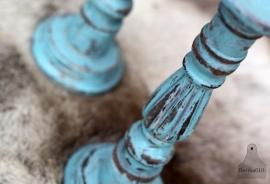 2 turquoise kandelaars (131364/365)...verkocht