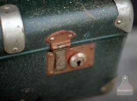 Oude koffer (130449)..verkocht