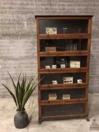 Engelse houten kleppenkast (144056)