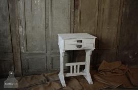 Wit geleefde kleppenkast (132477)..verkocht