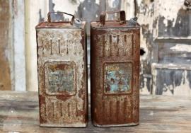 Oude petroleum olieblik (131223/224)..verkocht