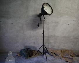 Fabriekslamp op statief (132435)..verkocht