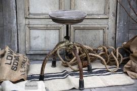 Stoere kruk (131979)..verkocht